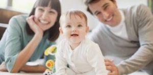 ۸ راه برای خنداندن کودک