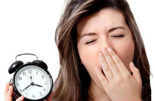عوارض بی خوابی زنان