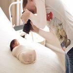 آسیب های فلاش دوربین برای چشم نوزادان
